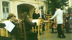 Mozart's Jupiter Symphony performed during the open air concert:'Symphonies in Moscow Courtyards'